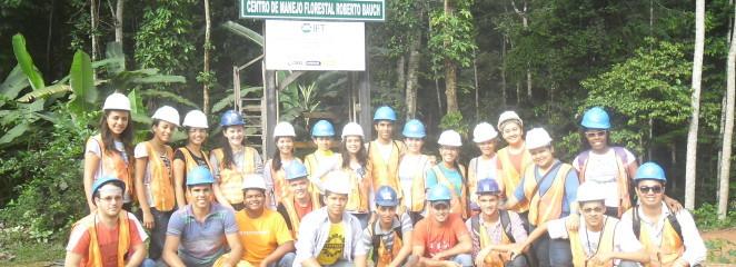 Alunos da UFRA, campus Paragominas, participam de curso no CMFRB