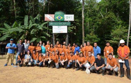(Português do Brasil) Em curso no Pará, oito países do bioma amazônico definem diretrizes de cooperação para conservação da biodiversidade por meio do manejo florestal sustentável